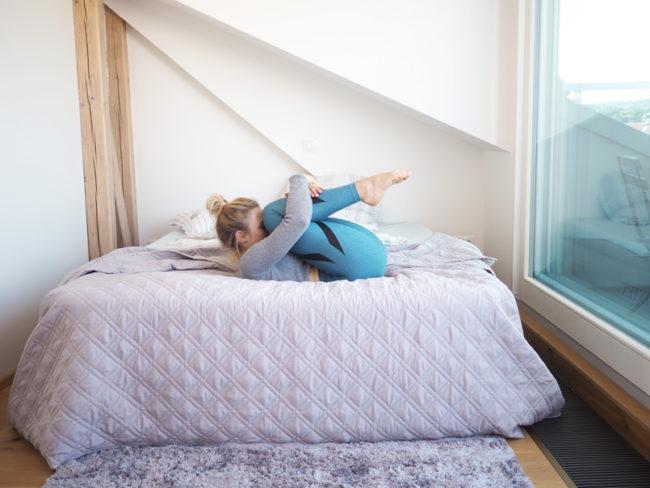 Ranní protažení, ani nemusíte vylézt z postele
